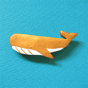 SHIKKAのブローチ。クジラ。
