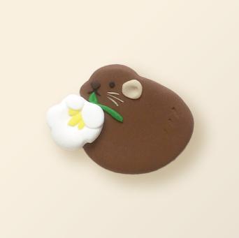 SHIKKA北海道の動物シリーズ。エゾナキウサギのブローチ。