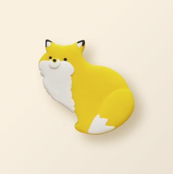 SHIKKA北海道の動物シリーズ。キタキツネのブローチ。