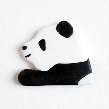 SHIKKAのブローチ。パンダ。