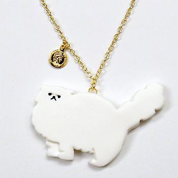 SHIKKAのネックレス。ペルシャ猫ホワイト。